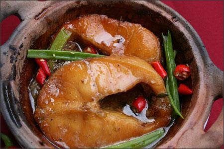 Cách nấu cá lăng kho tộ đượm vị ngon, nồng nàn hương thơm quyến rũ